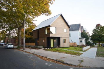 Jim-Vlock-Building-Project_Yale-School-of-Architecture_house_New-Haven_USA_dezeen_936_10