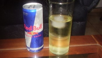 Cocktails con Red Bull