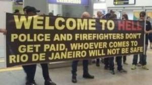 rio-de-janeiro-first-responders-greet-tourist-L-ksZ_O6