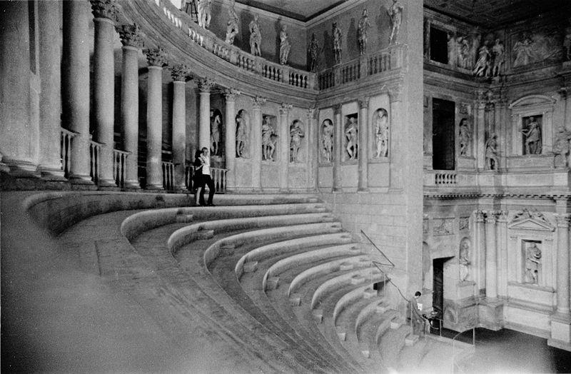 PALLADIO.-9876.-Teatro Olímpico.-archivo1968Italia1081
