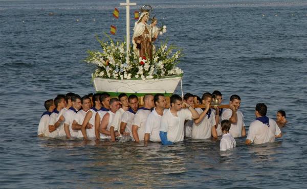 virgen-del-carmen-patrona-del-mar