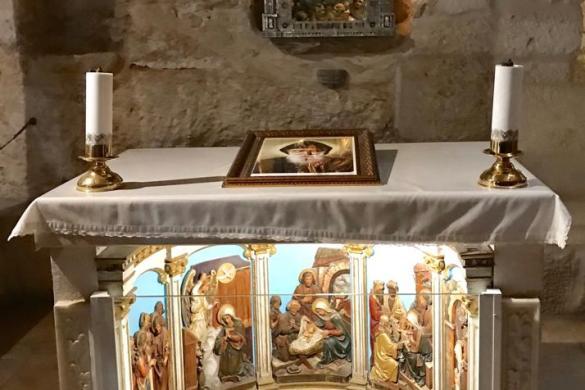 Imagen del Nińo Jesus en la iglesia de la cueva de la leche