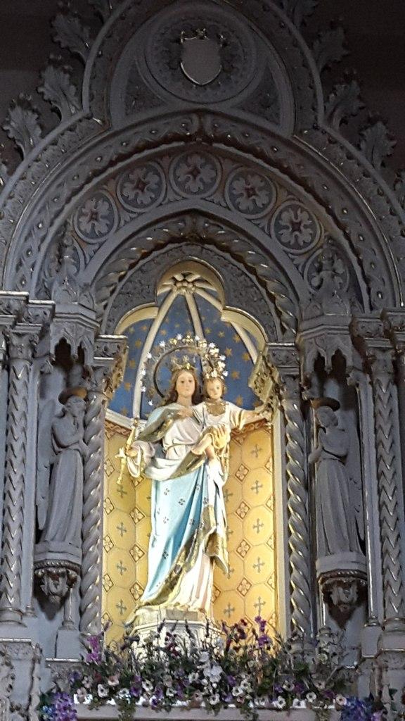 Imagen de MAria Auxiliadora en la CApilla de Adoracion