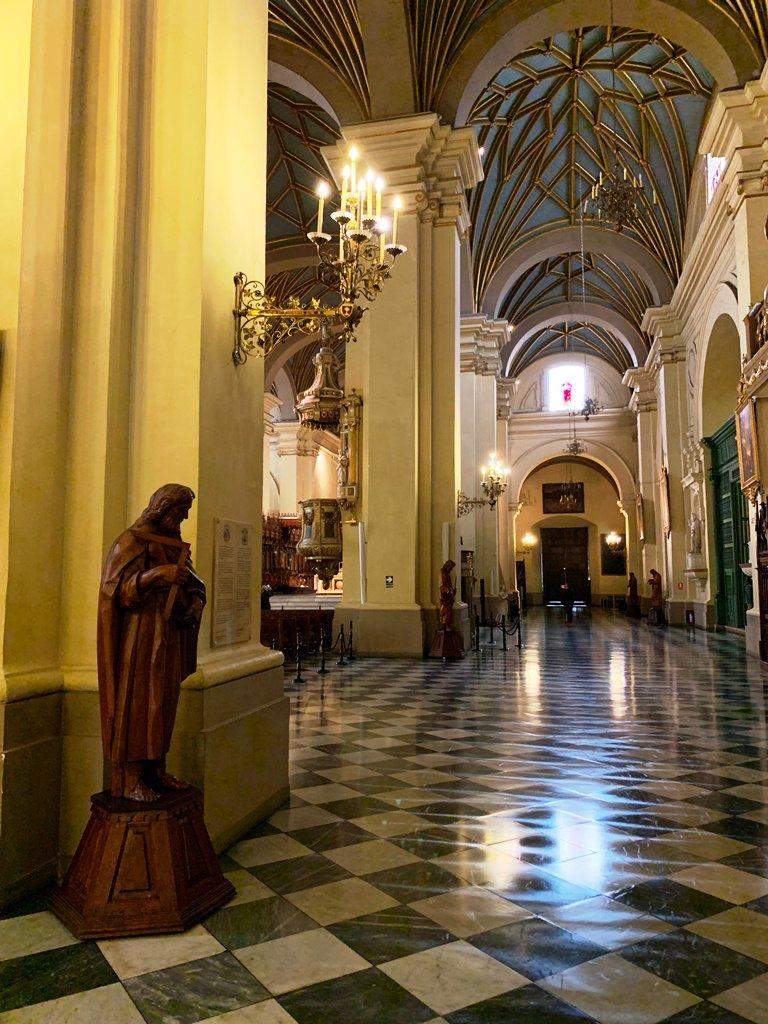 Interior - Apostoles