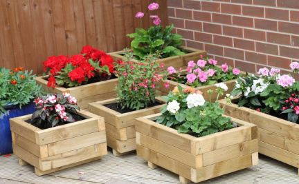 Peder's planters