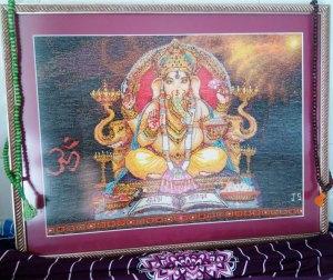 Venta de bordado a punto de cruz con dibujo de Dios hindú Ganesha