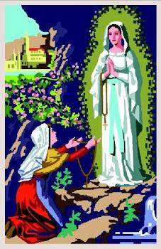 VIRGEN-LOURDES: Tela panamá con dibujo impreso de la Virgen de Lourdes, para bordar a punto de cruz