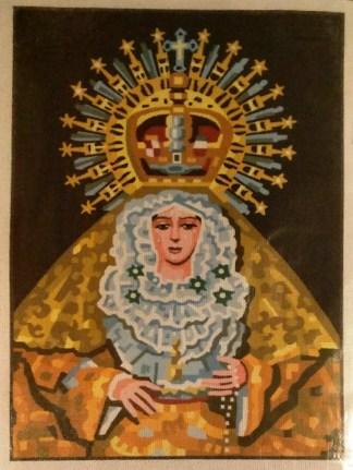 VIRGEN-MACARENA: Tela panamá con dibujo impreso de la Virgen de la Esperanza Macarena, para bordar a punto de cruz