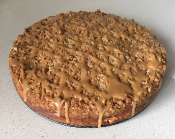 Dulce de Leche Apple Crisp Cheesecake