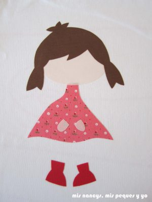 mis nancys, mis peques y yo, tutorial aplique en camiseta muñequita, aplique planchado