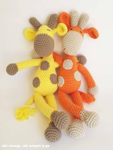 mis nancys, mis peques y yo,pareja jirafa amigurumi, jirafa amarilla y naranja