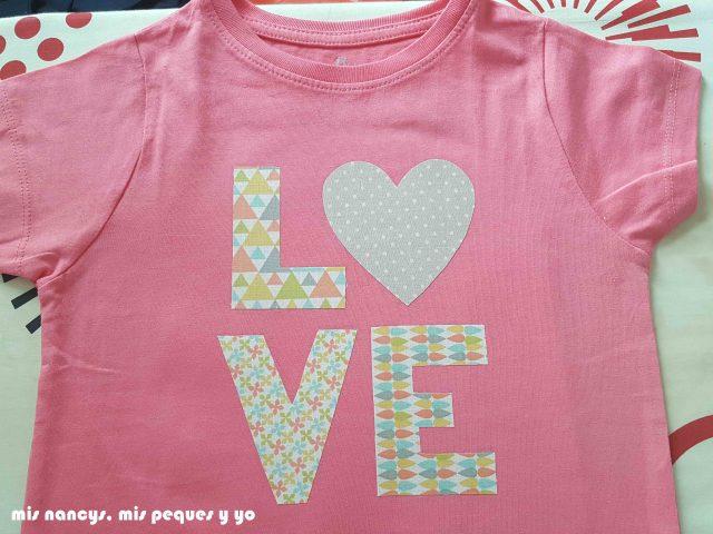 mis nancys, mis peques y yo, tutorial aplique en camiseta love, piezas planchadas