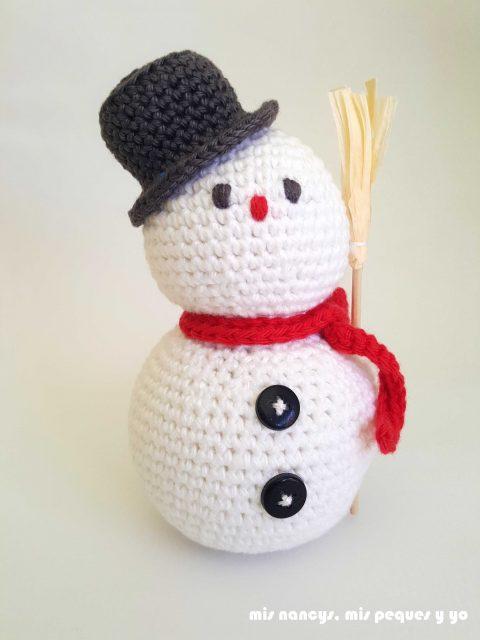 mis nancys, mis peques y yo, muñecos de nieve amigurumi, muñeco de nieve con bufanda roja