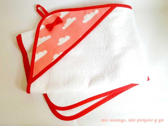 mis nancys, mis peques y yo, juego de baño para bebe, toalla con capucha