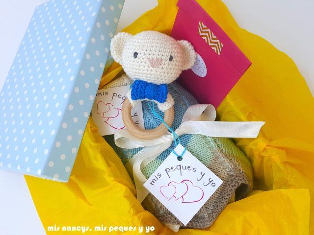 mis nancys, mis peques y yo, manta para bebe en zig zag, packaging para regalar