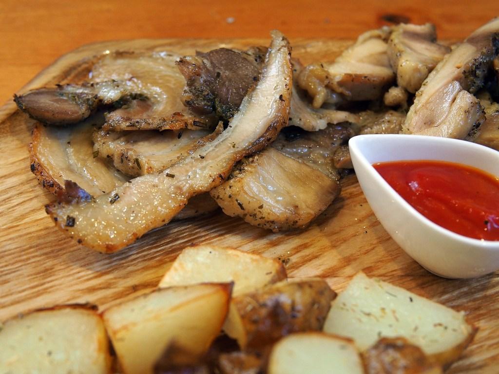 豚肉とモルタデッラハムのロール