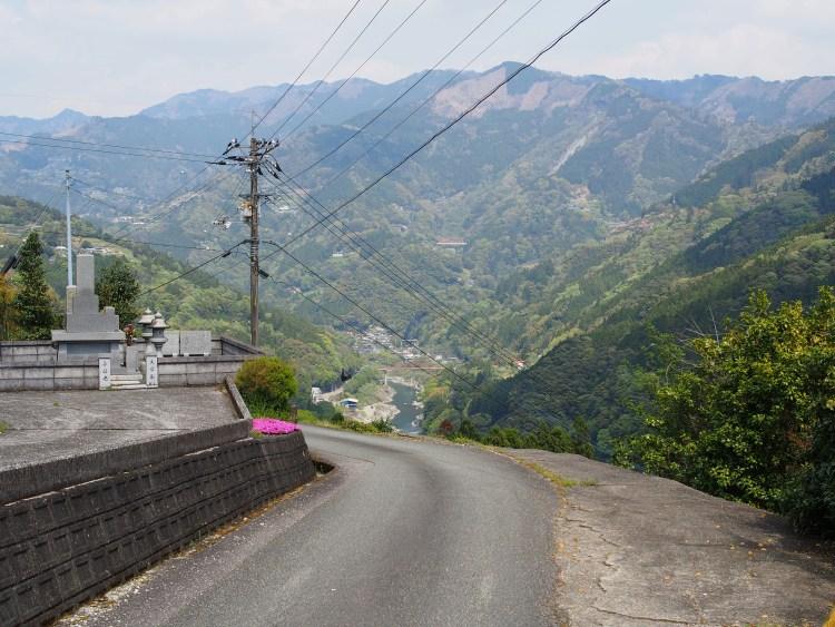 登りの道路