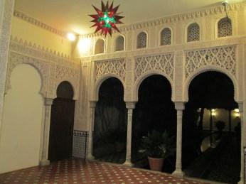Carmen de los Mártires.Hall y patio nazarí del palacete. Granada. Foto: Francisco López
