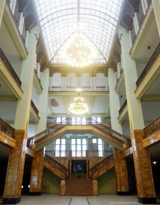 """Das """"echte"""" Grand Budapest Hotel: Im Innenraum des Kaufhaus Görlitz wurde alle Foyer-Szenen gedreht."""