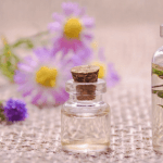 beginners guide to essential oils, lavender, eucalyptus, rosemary, chamomile, miss mental.