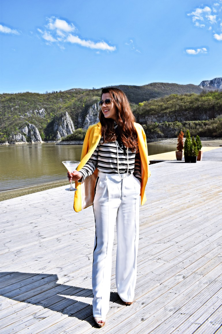 miss andrada the perfect spring zara suit 2018.jpg