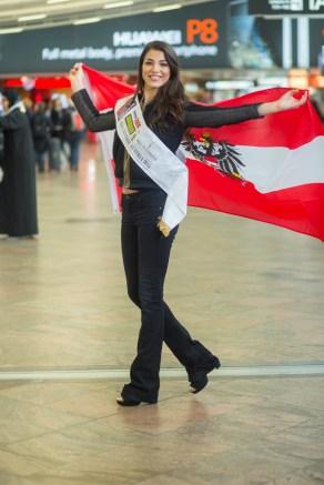 1006-Amina Dagi Miss Universe-1402
