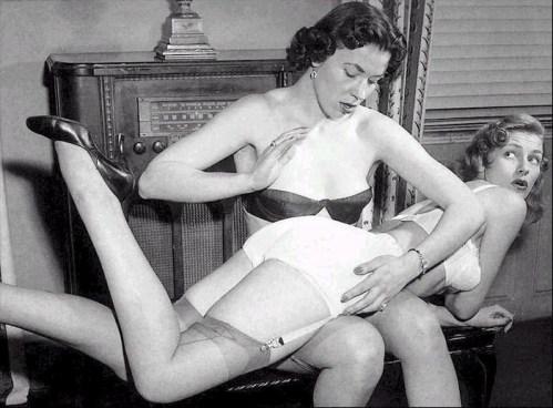 Vintage spanking/ Fessées rétro 2