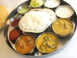 04-Bombay-Thali-Tamil-Nadu-Bhavan