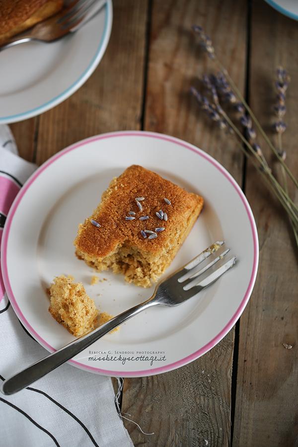 lemon thyme lavender friand
