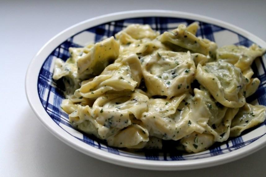 Sauce crème basilic parmesan pour raviolis au pesto - Cuisine - Miss Blemish