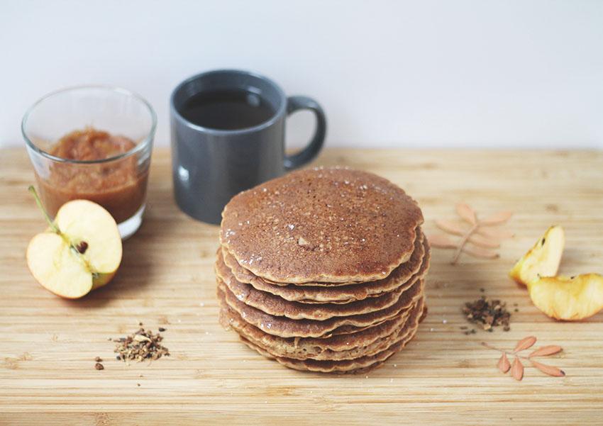 Fall brunch pancakes pomme cannelle sans gluten - Cuisine saine - Miss Blemish