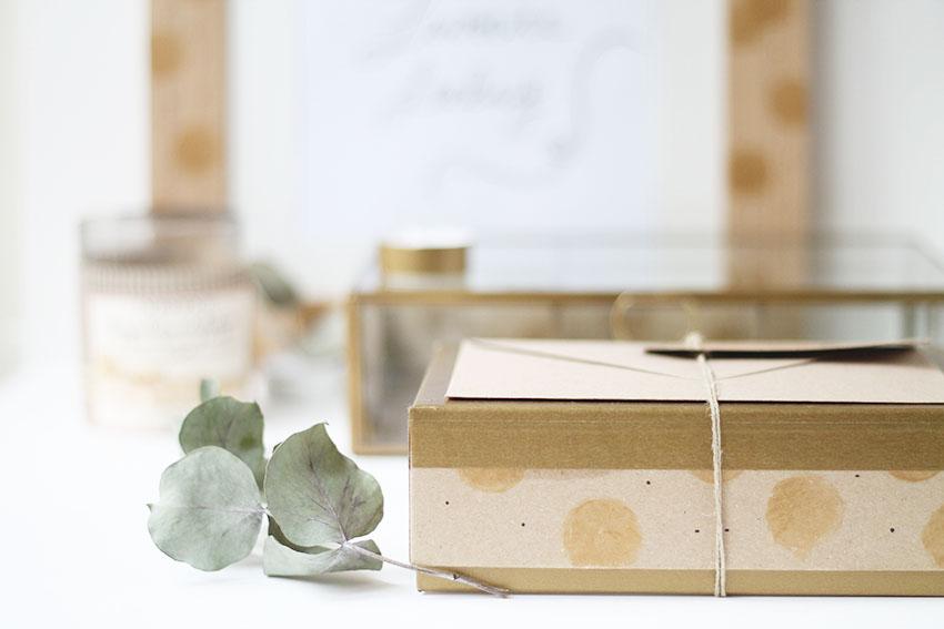 DIY Une jolie boîte pour emballer une carte cadeau - Noël - Miss Blemish