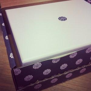 Glossybox Dez 2012 (2)