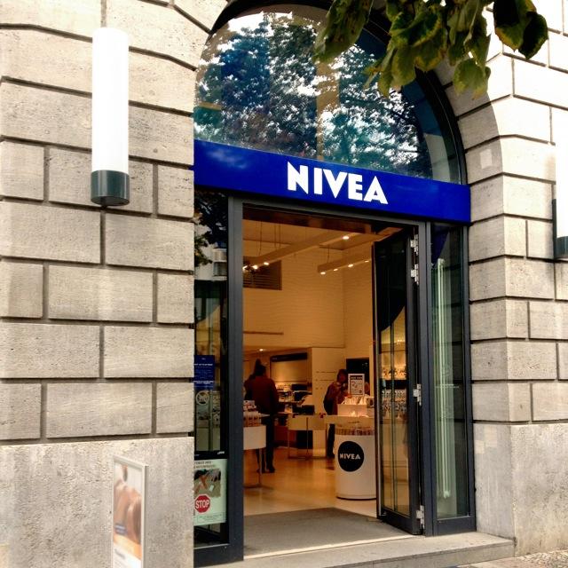 Nivea Haus Mühlenkamp: Ein Tag In Berlin // MissBB's Ess- & Shopping Tour Durch