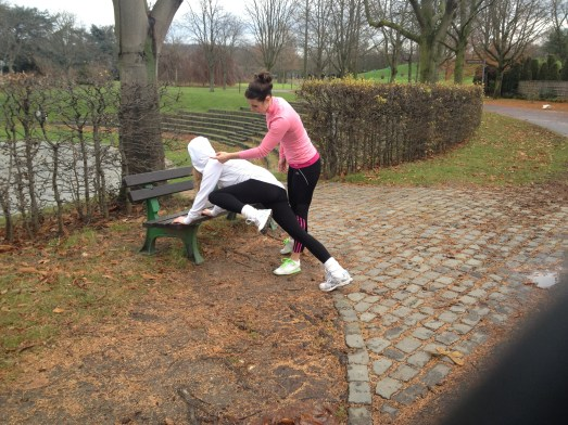 Two weeks, two girls – one project – MissBB trainiert wie ein Hollywoodstar Personal Trainer Bonn Daphne your coach kraftwerk bonn Rheinaue Outdoor