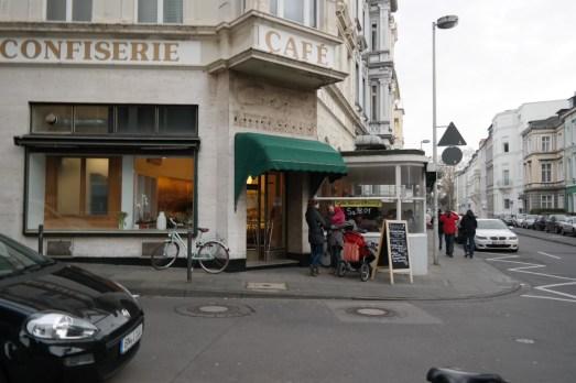 Cafe Sahneweiß Bonn Kaiserstraße City Kaffeetrinken