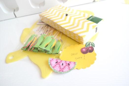 Lovelyliciousbox Box of Summer Bloggeraktion Blogger Boxentausch Überraschung Jamies Depot P2 Cosmetics Handcreme Paket Sommer Partydeko