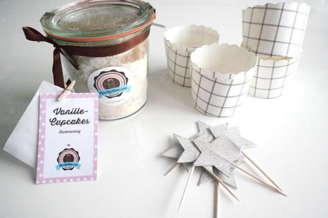 Cupcakes Dekoration MixmyCake Weihnachten weihnachtlich Sterne Topping Glitzerzucker