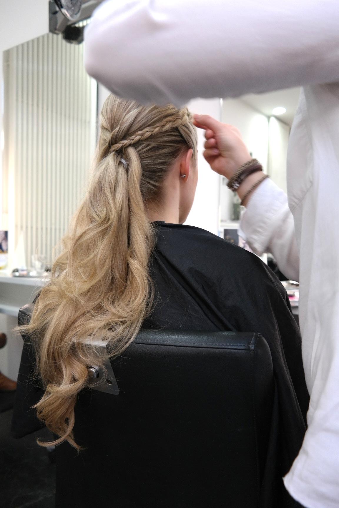 Beauty In Bonn Auf Eine Silvester Frisur Zu Hair Beauty Hagemann