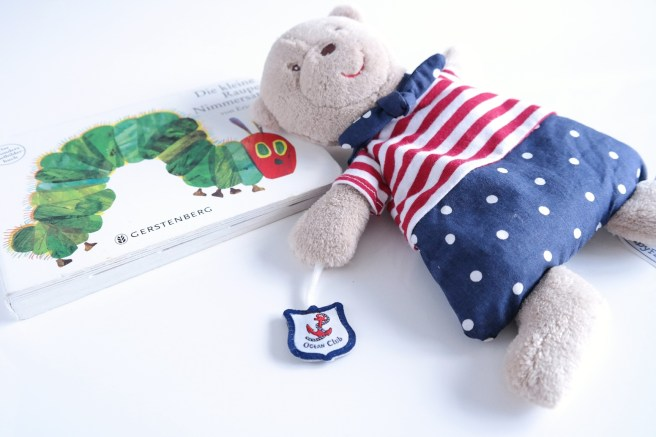 Mamablog schönes Kinderbuch Raupe Nimmersatt Kirschkernkissen Bär