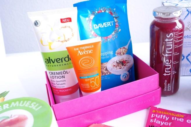 Mamablog Geschenk zur Geburt für Mama Mutter werdende Mutter Schwanger Schwangerschaft Geschenkidee SOS Box Essen