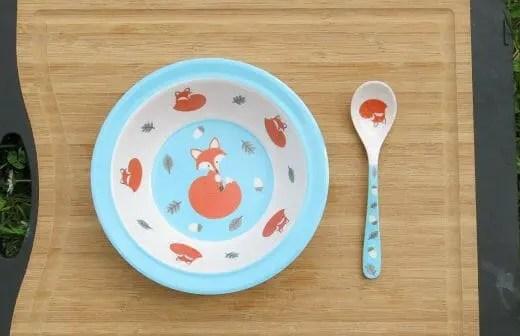Baby Nahrung Teller