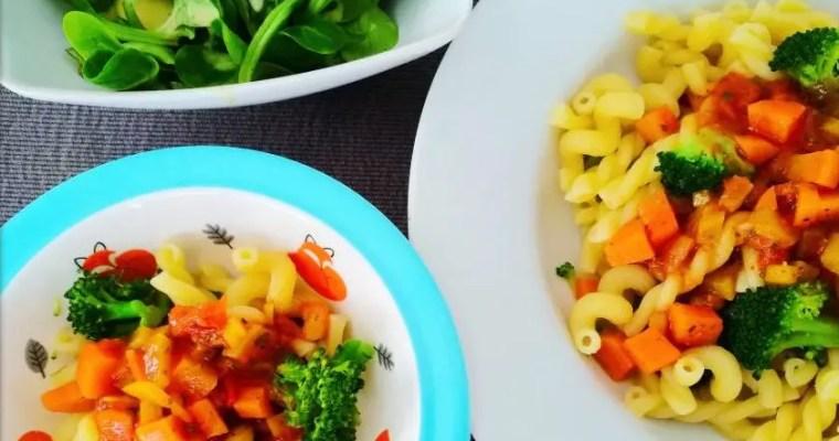 Pasta geht immer – einfaches Mittagessen für Mama & Kind