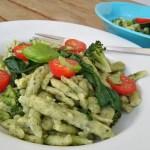 Spätzli mit Mangold und Broccoli