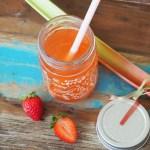 Erdbeer Rhabarber Drink, ohne alkohol, schwanger, kinder, rezept, sommer, frühling, kühlend, eistee, sirup