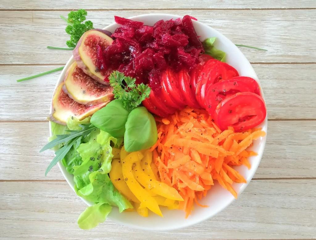 regenbogen, rainbow, buddha bowl, salat, schanger, rezept, gesund, vegan, vegetarisch, foodblog,
