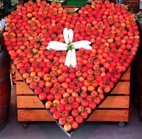 tomaten schweizer kreuz 1. August
