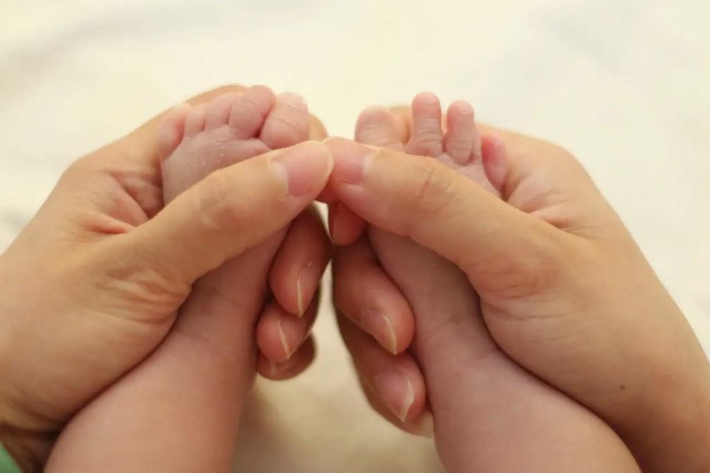 baby, neugeboren, wochenbett, mama, tipps, wünsche, herausforderung, baby blues