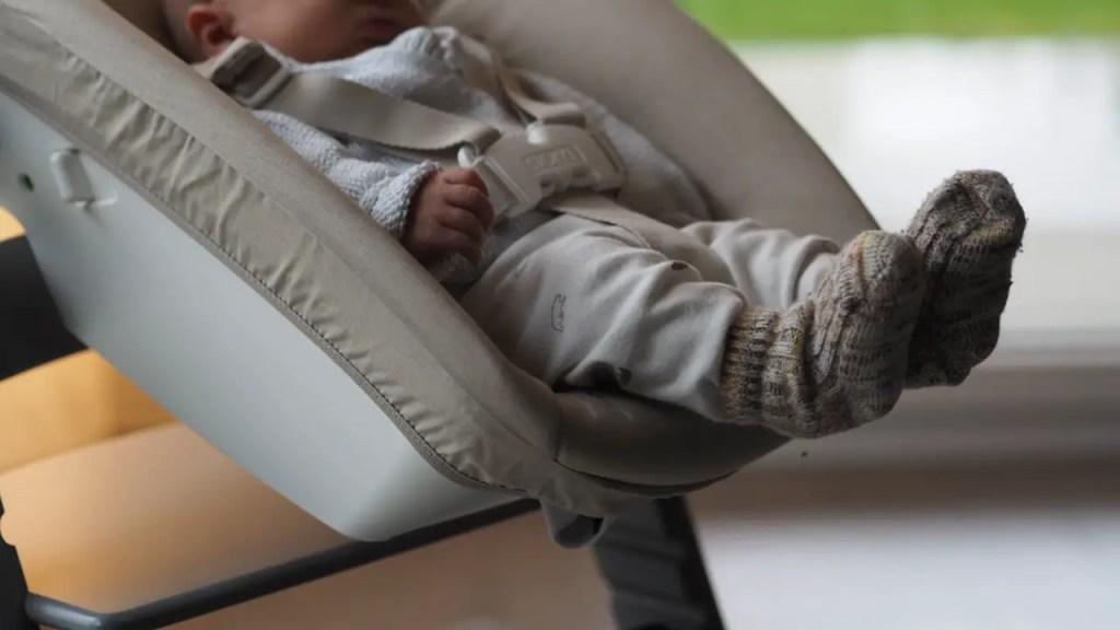 baby füsse stokke tripp trapp neugeboren