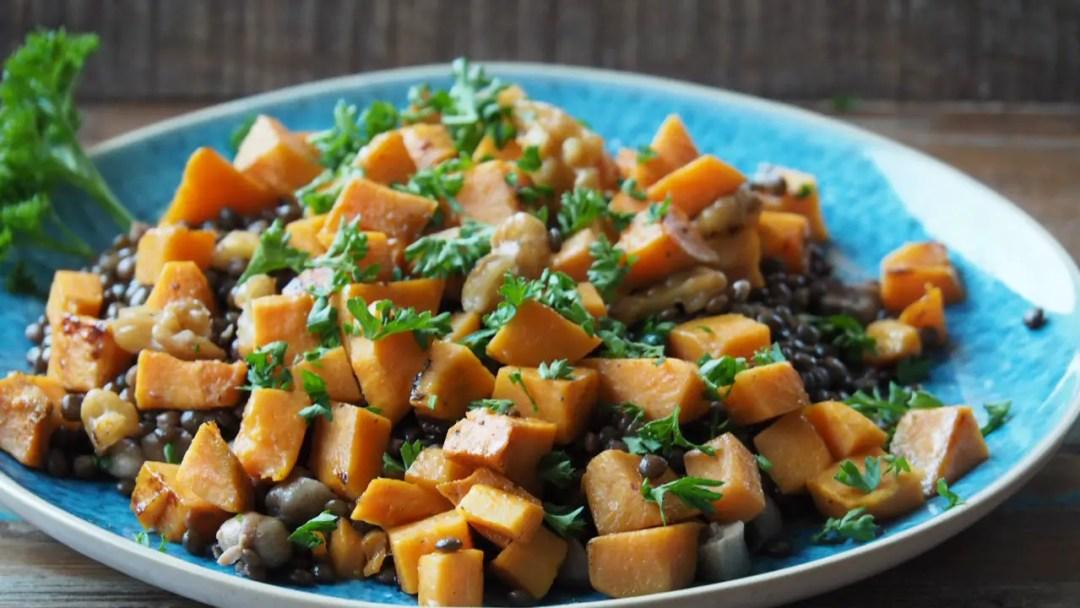 süsskartoffel, salat, lauwarm, rezep, beluga, linsen, cashews, vegan, einfach, israelisch, rezept, foodblog, salat